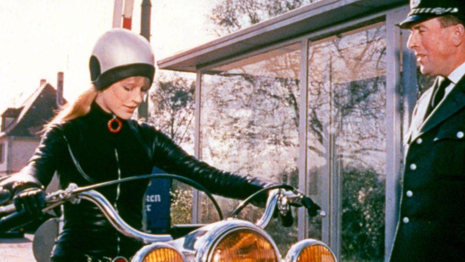 Girl-on-a-motorcycle.jpg
