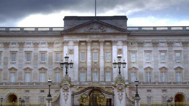 Inside-Royal-Homes.jpg