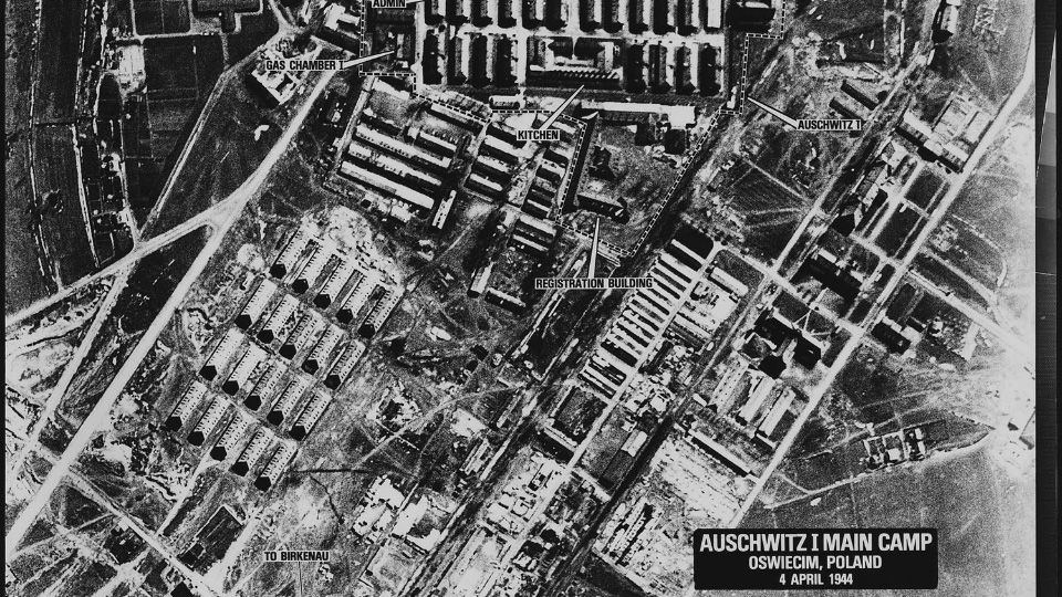 Should-We-Bomb-Auschwitz.jpg