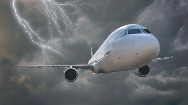 Worlds-Worst-Flights.jpg